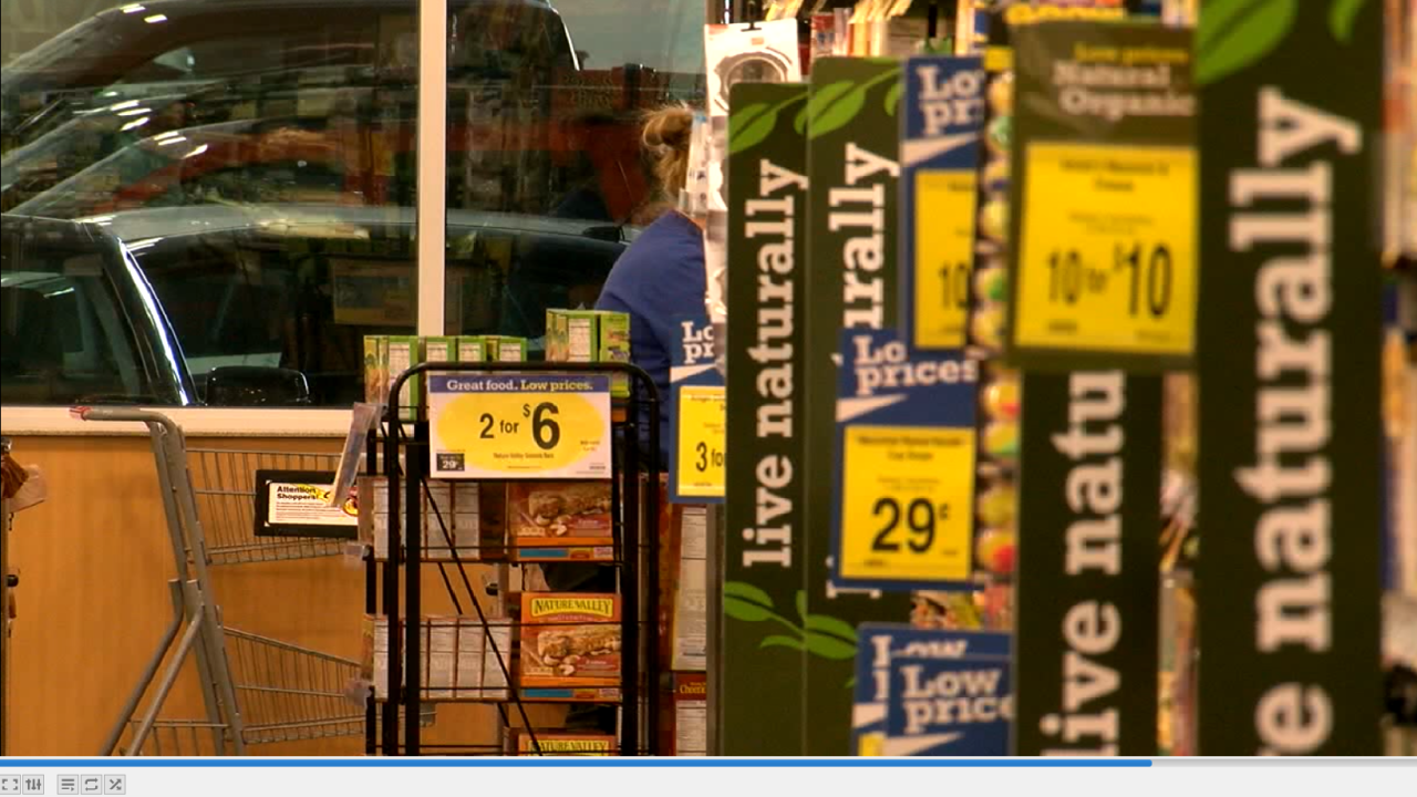 Grocery workers union says employees treated like 'zeroes' by Kroger grocery chain