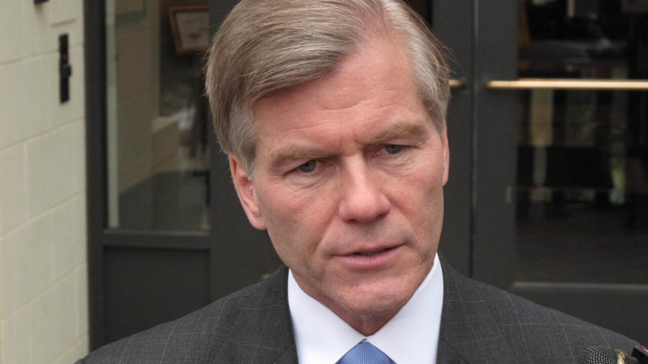 Under law signed by McDonnell, convicted felons losepensions