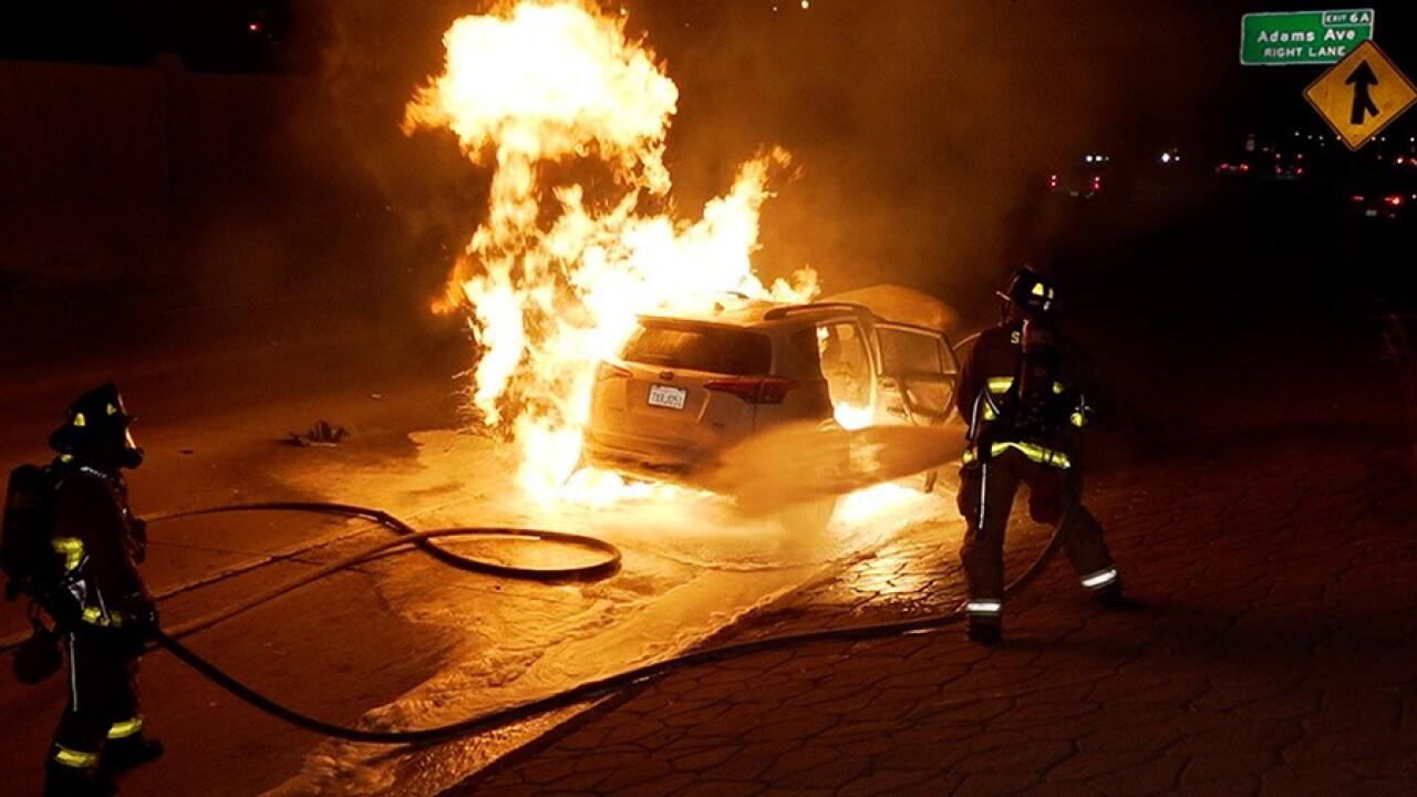 15_car_fire_080921.jpg
