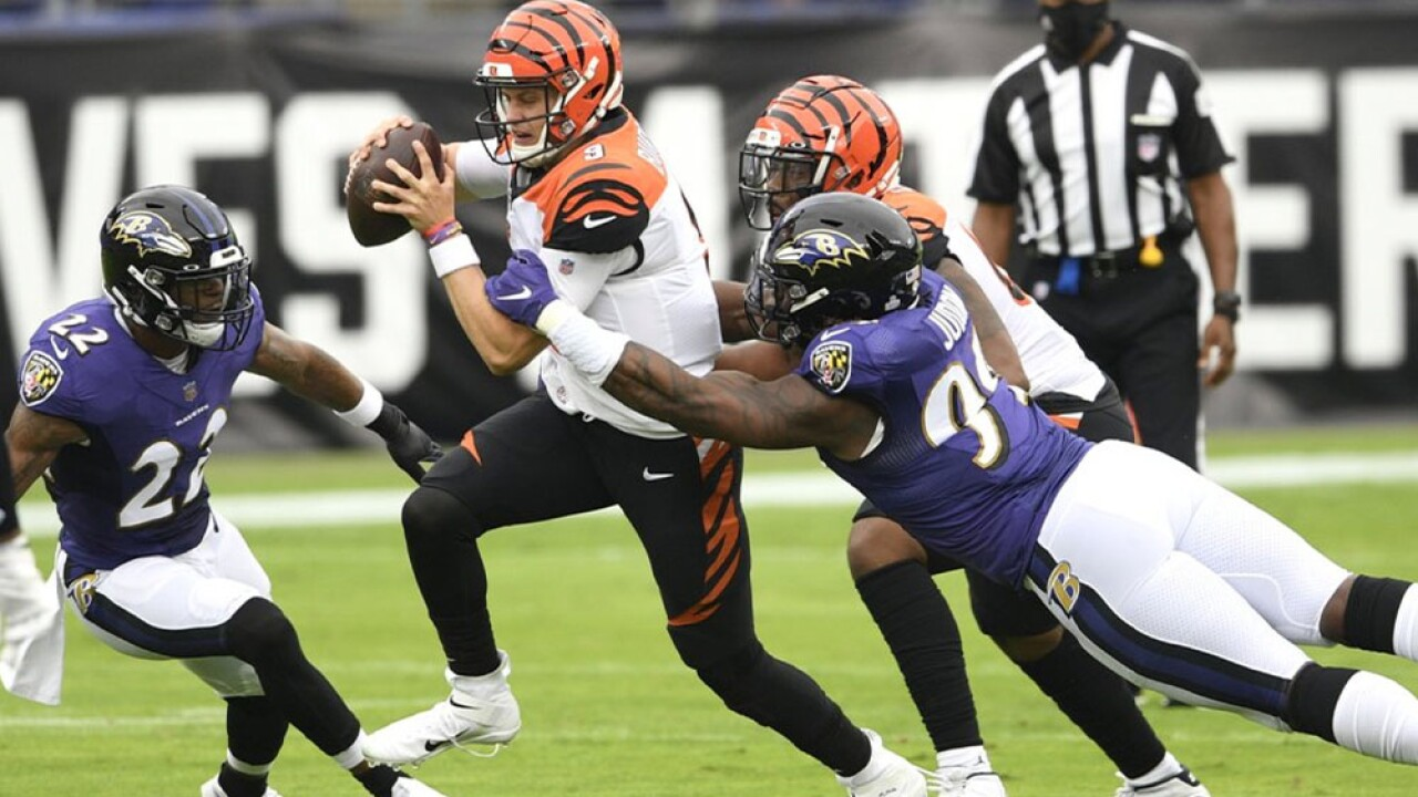 Ravens get defensive, stuff Burrows in 27-3 rout of Bengals.jpg