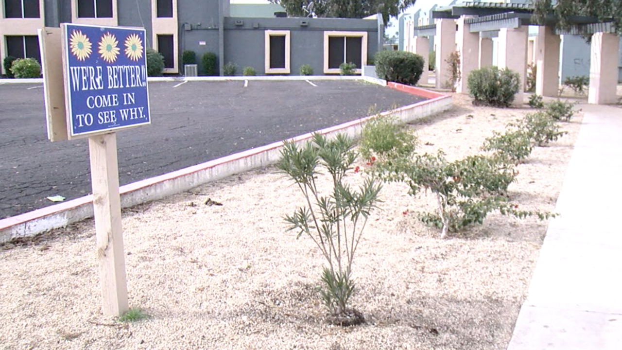 Residents of Highland Park Apartments complain of sewage in homes