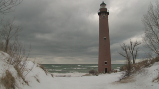 Little Sable Lighthouse not in jeopardy of falling into Lake Michigan as waters rise