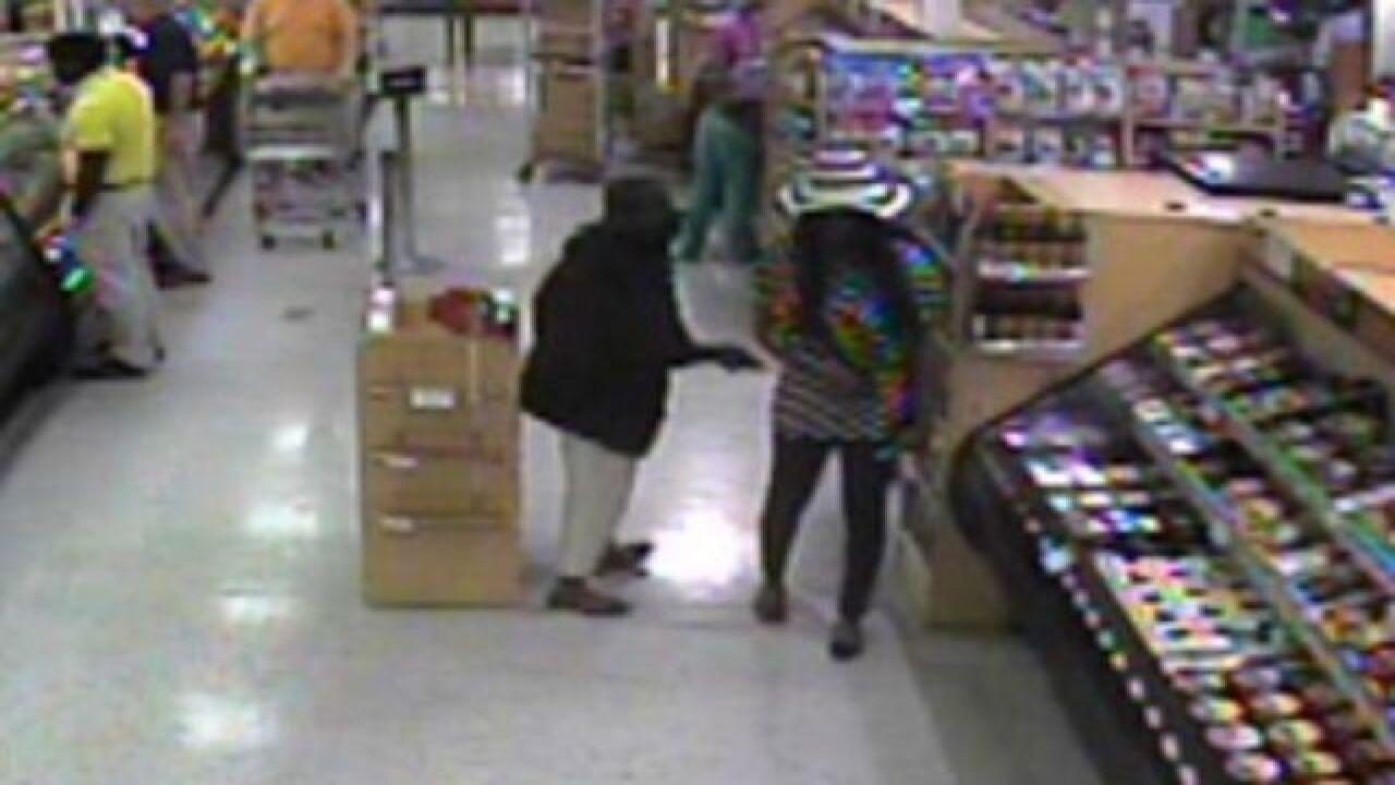 Publix pickpocket suspect on surveillance video