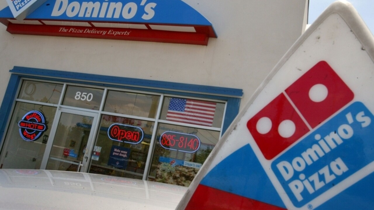Woman finds 1000s of dollars in Dominos Pizza box
