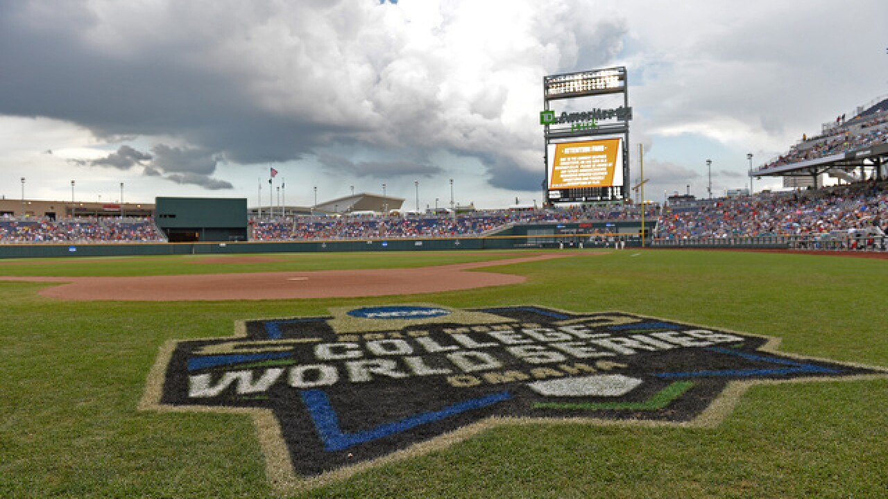 College World Series: Arkansas remains unscathed with win over Texas Tech