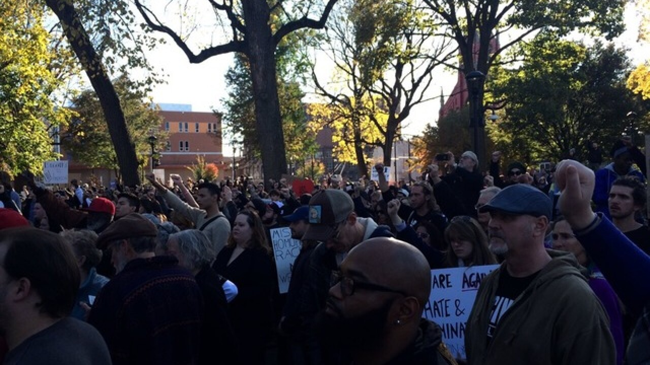 Hundreds rally for retrial in Ray Tensing case