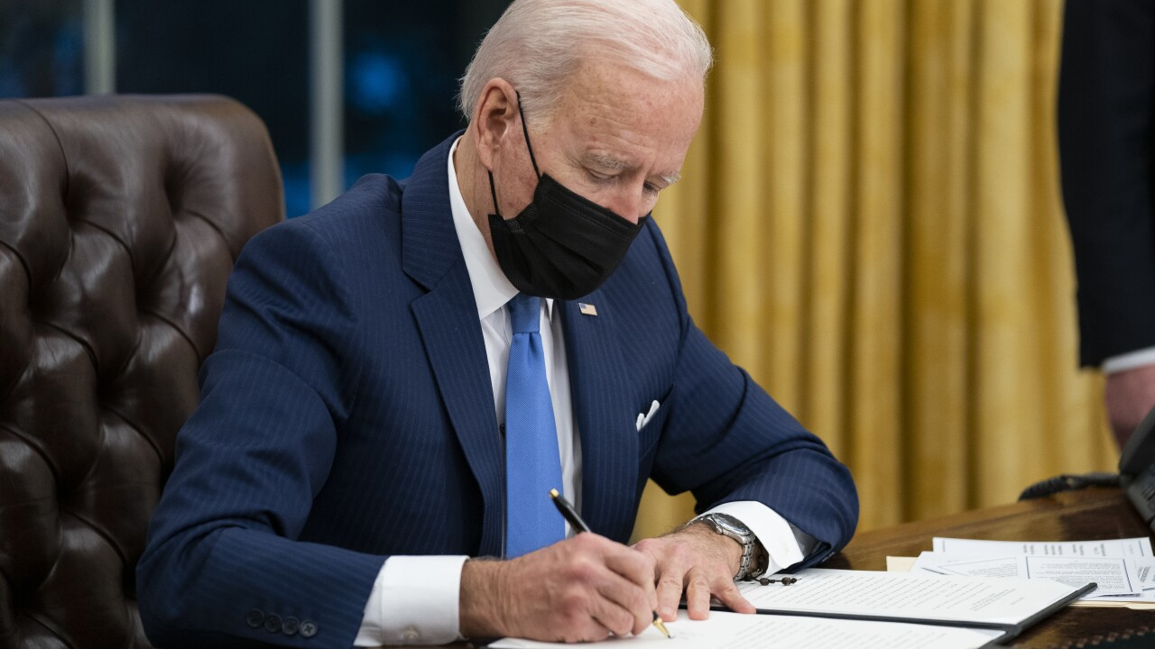 In Biden's early days, signs of Trump-era problems at border