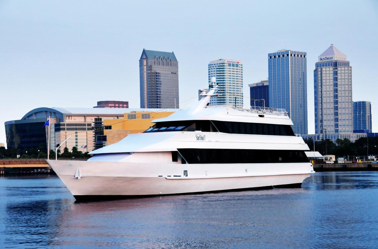 Yacht Starship.jpg