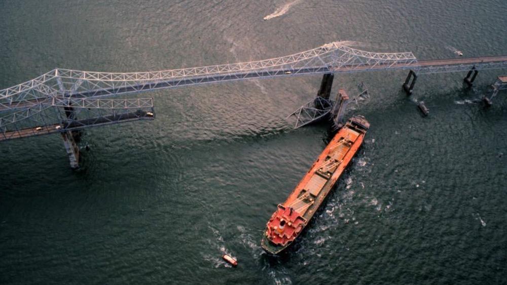 Skyway-Bridge-collapse-1-TBTimes.png