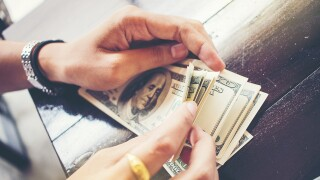 How to manage your money better in 2018