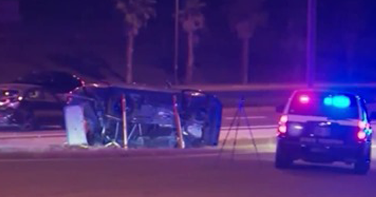 2 children, mother and grandmother killed in crash near Disney