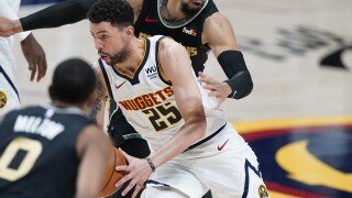 Nuggets sign Austin Rivers for rest of the season