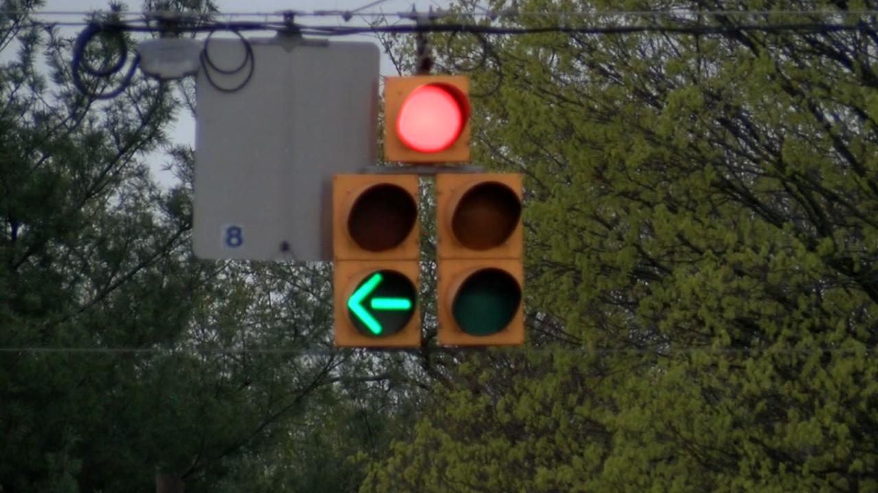 Mooresville traffic light.PNG