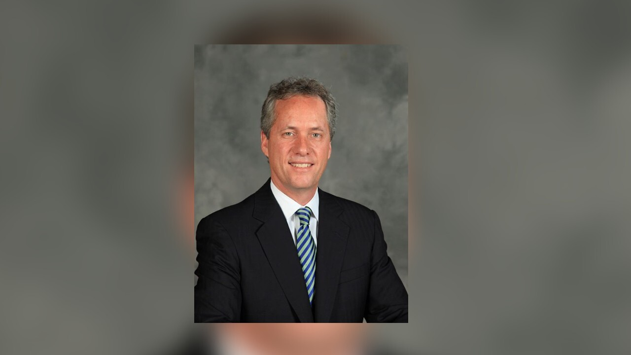 Louisville Metro Council gives Mayor Greg Fischer list of actions to earn city's trust back