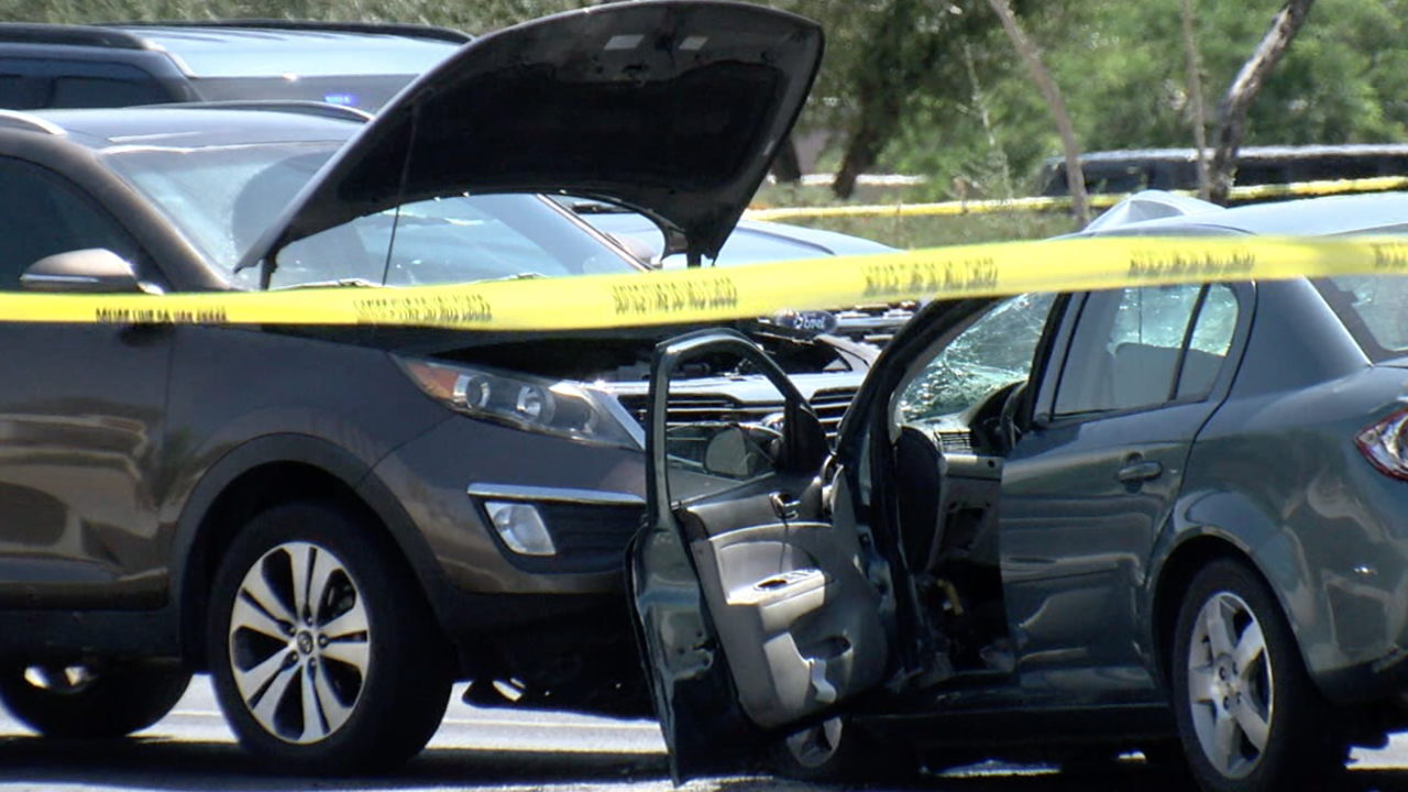 Deadly multi-vehicle crash in Chandler