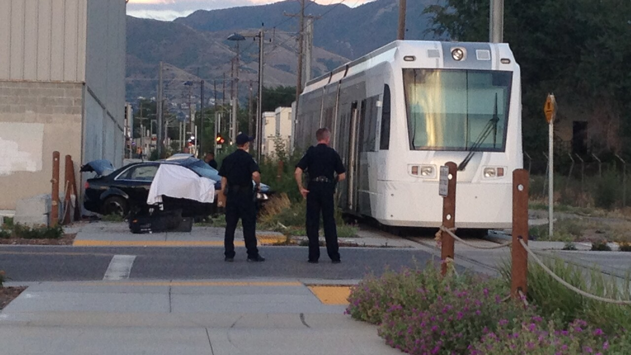 Two dead after streetcar collides withautomobile