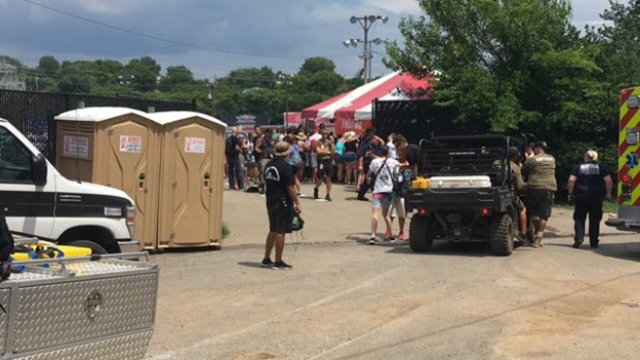 Multiple Treated For Heat At Warped Tour
