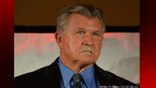 Mike Ditka improving after suffering heart attack this week, agent says
