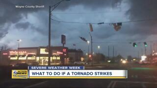 7c33778397cb Tornado what-ifs  What to do if you re in a car