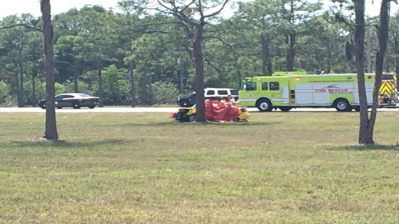 Lehigh man dies in single car crash near the Fort Myers airport