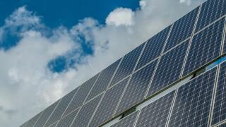 photovoltaic-system-2742308_1920.jpg