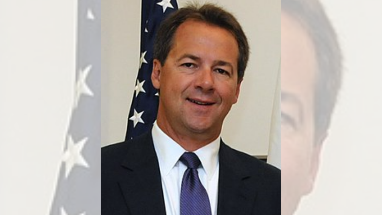 Montana Gov. Steve Bullock is 22nd Democrat to announce presidential run