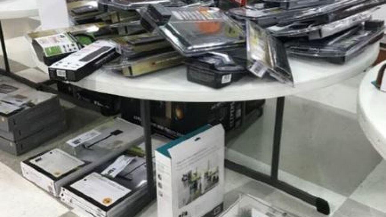 PHOTOS: What's left at hhgregg liquidation sales