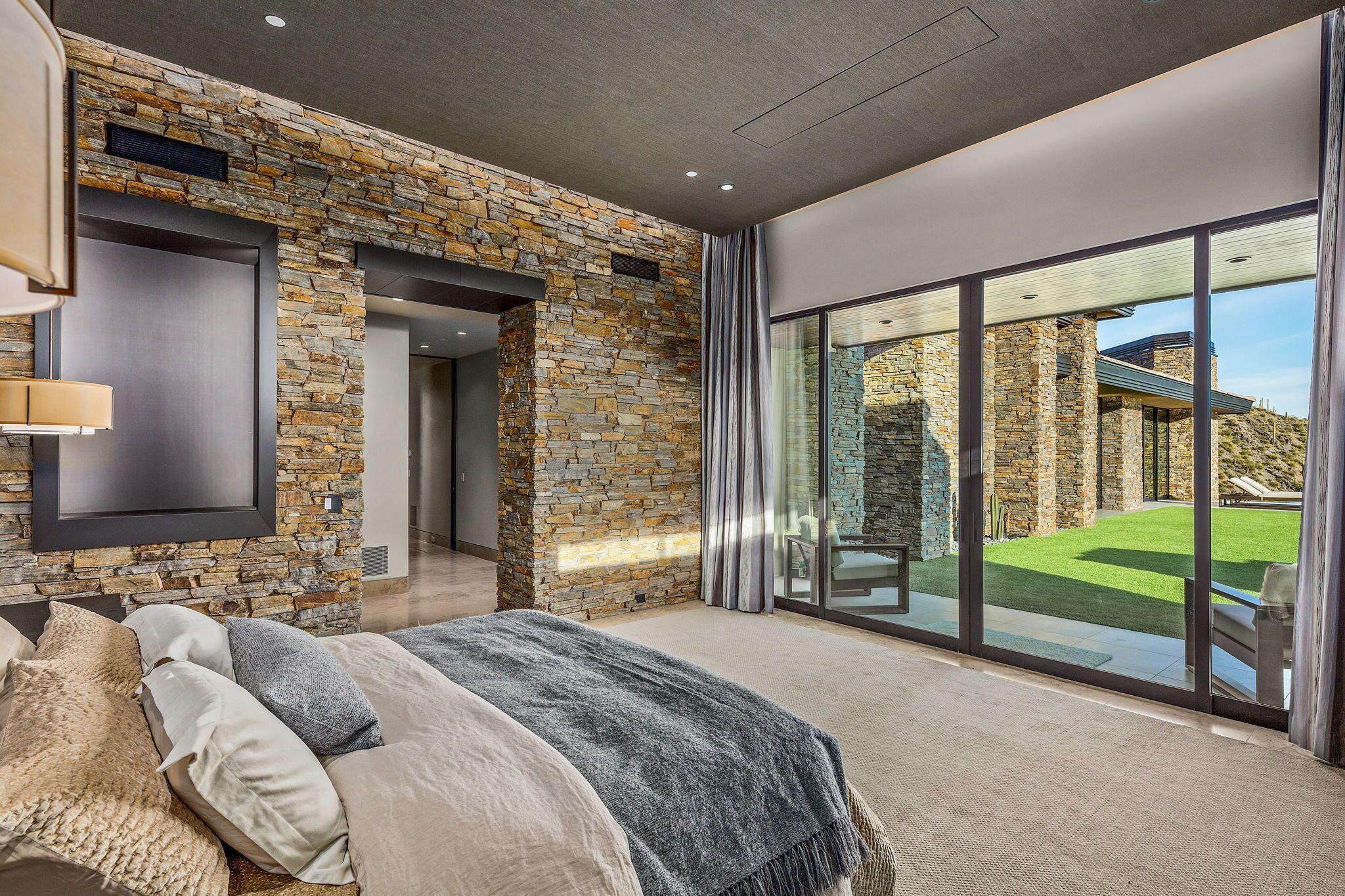 9300+E+Grapevine+Pass+Scottsdale-26-WebQuality-Master+Bedroom+Ensuite.jpg