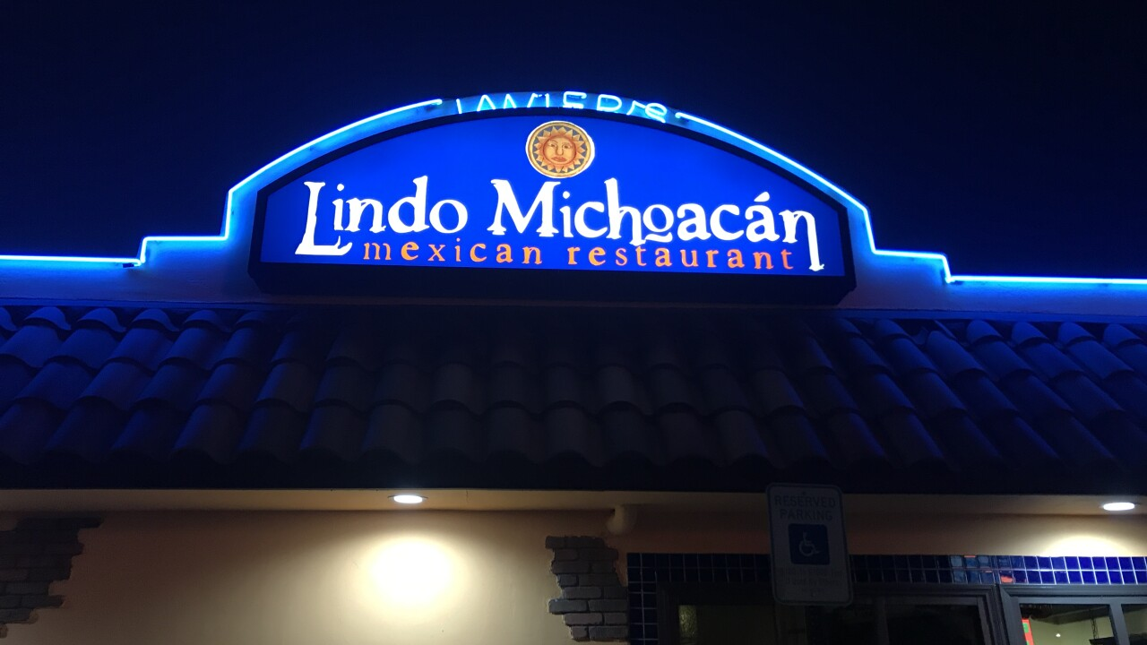 Lindo Michoacan sinkhole_5.JPG