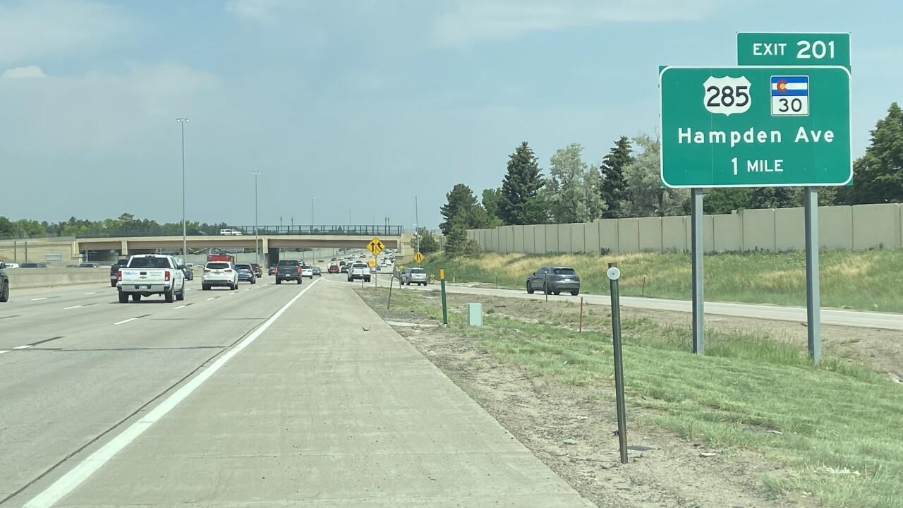 Hampden sign2