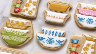 These Adorable Cookies Look Like Vintage Pyrex Dishes And Other Retro Kitchenware
