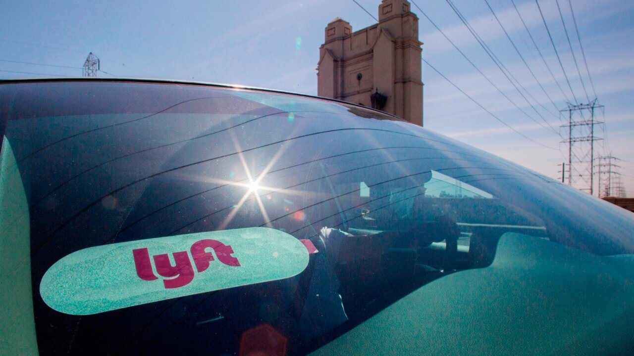 Lyft is rolling out a car rental service