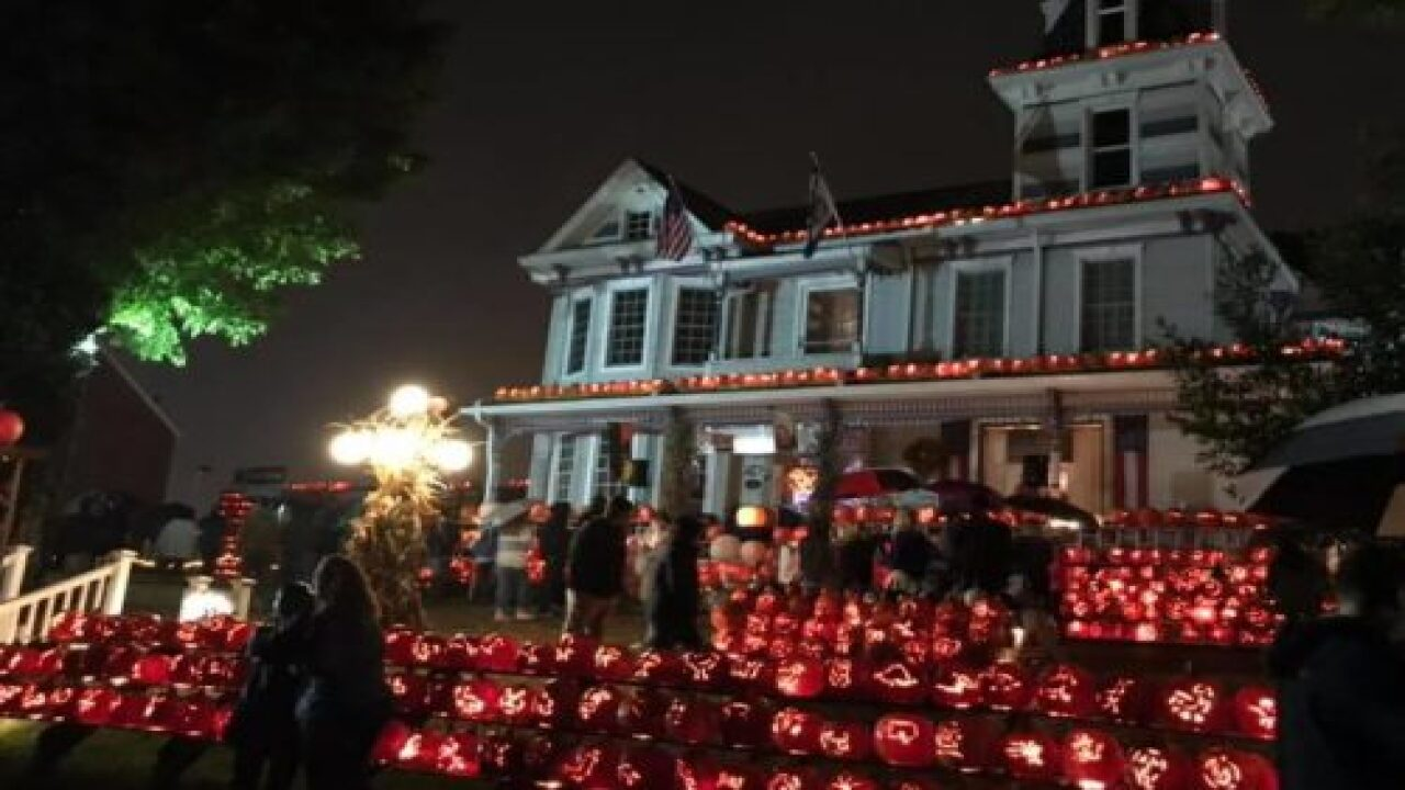 This House Is Decorated With 3,000 Pumpkins Every Halloween—and It's Truly Magical