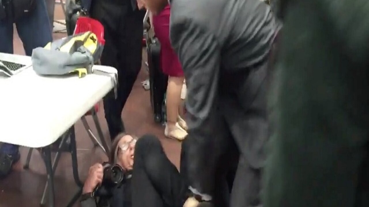 Photographer choked by Secret Service agents