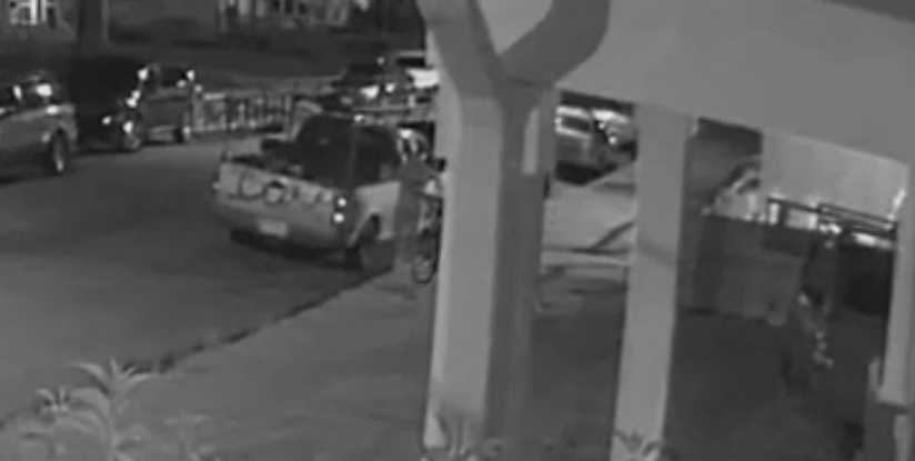 Photos: Video shows man steal tools from pickup truck in Richmond