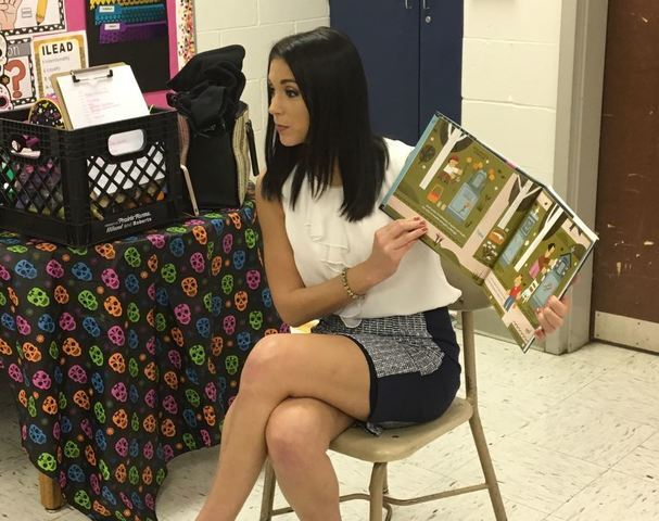 PHOTOS: RTV6 staff reads to Washington Irving elementary students