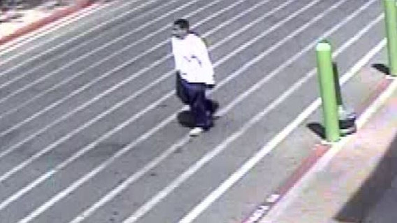 Authorities searching for man who stole a purse