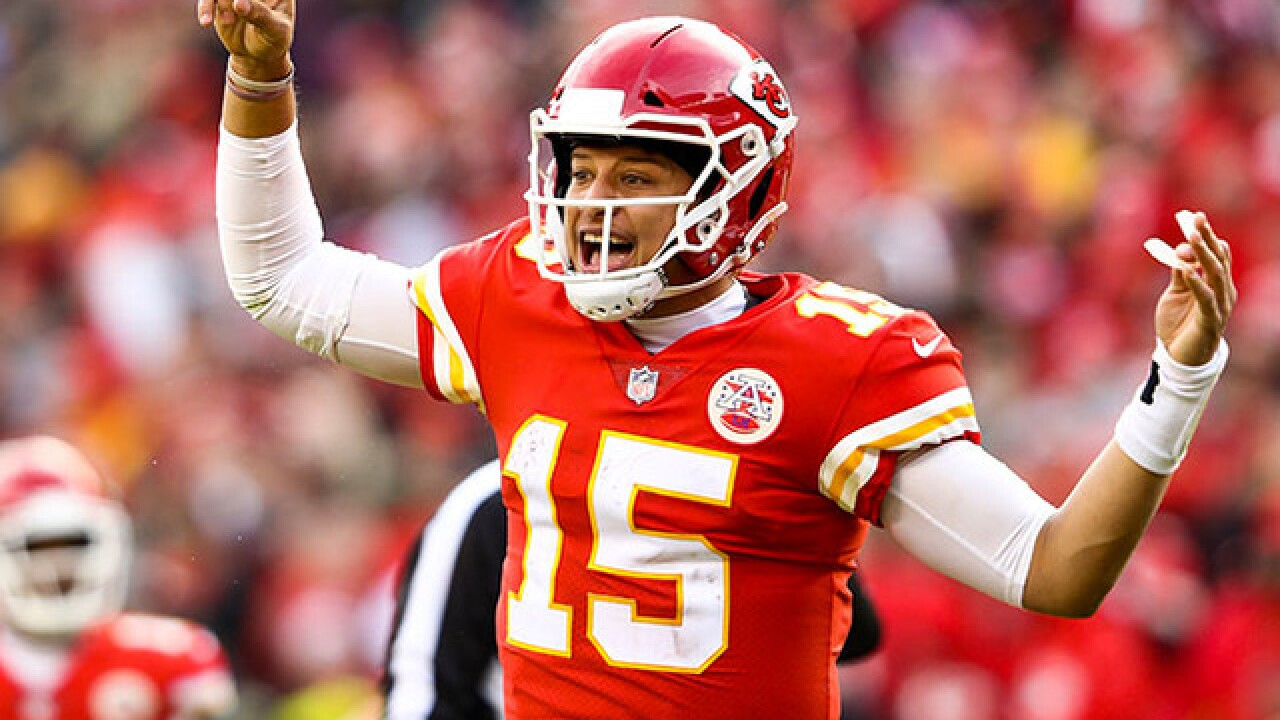 Mahomes tries to entice Whataburger to come to Kansas City