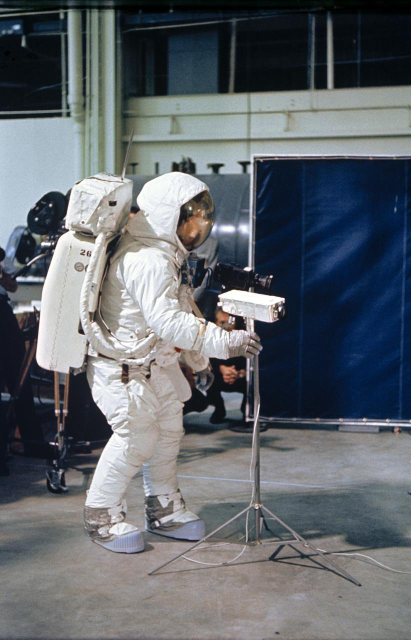 PHOTOS: Relive the Apollo 11 moon landing through these historical images