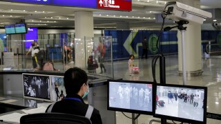 US to screen airline passengers from China for coronavirus