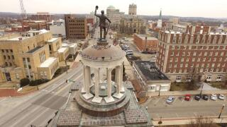 Soldiers, Sailors and Pioneers Monument in Hamilton