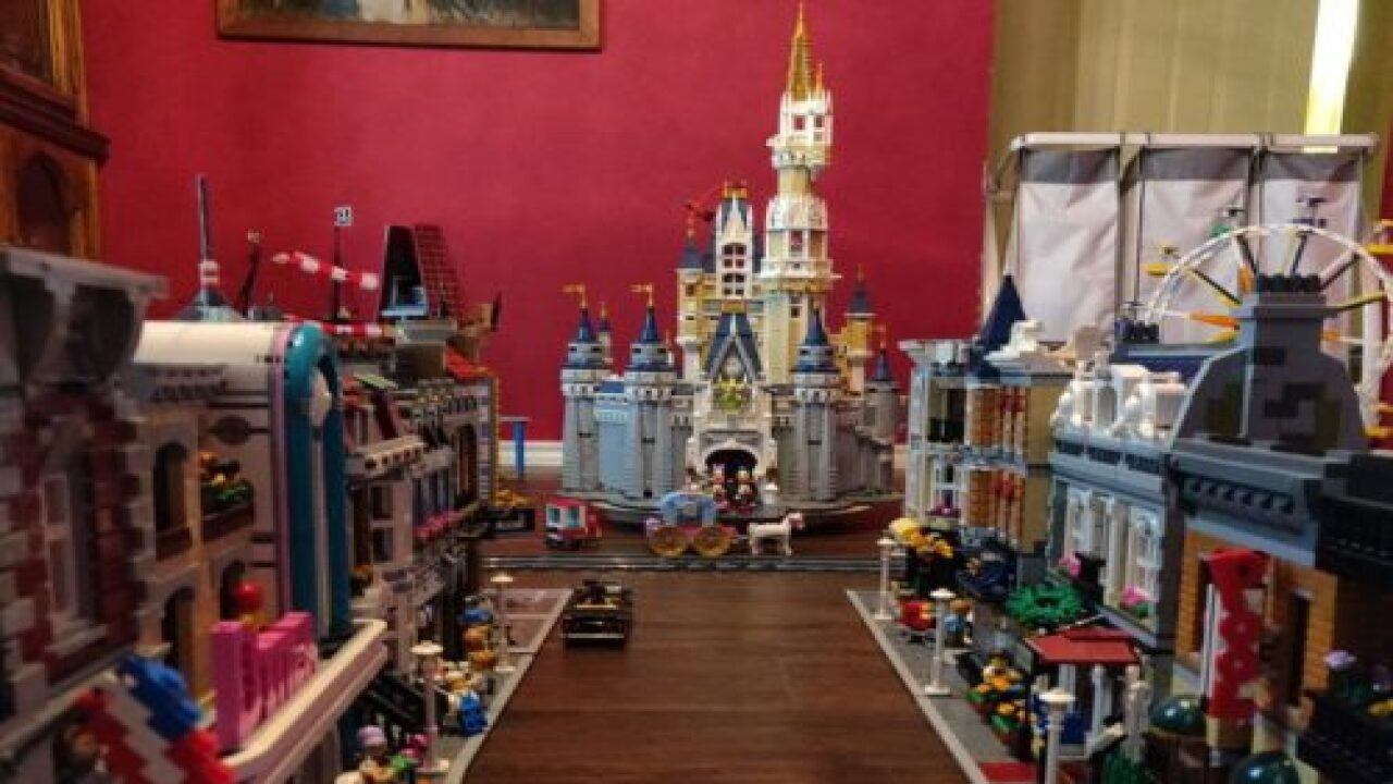 Texas Man Created An Intricate Lego Replica Of Disneyland