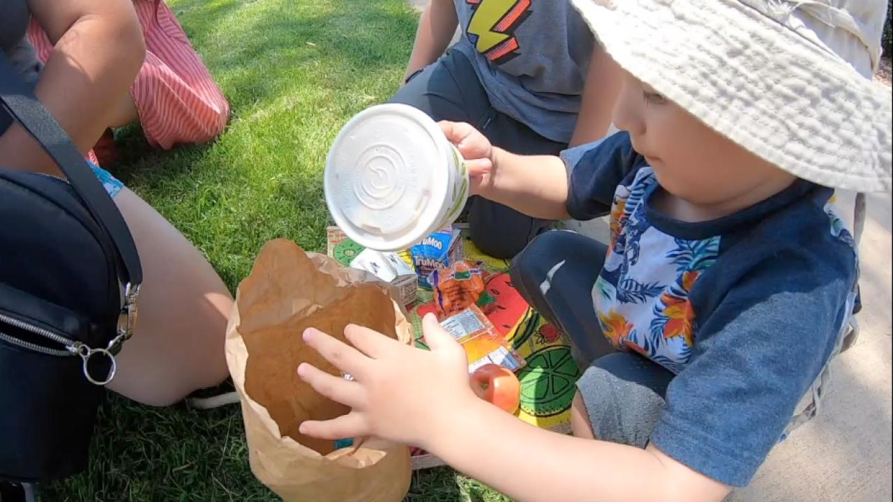 Feeding San Diego Summer kids feeding program.png