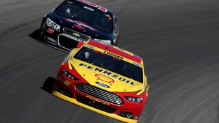 Joey Logano takes Hollywood Casino 400 at Kansas Speedway, advances in title race