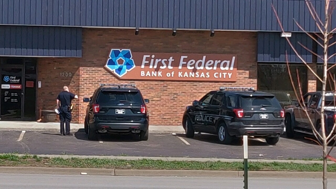 Man Robs The First Federal Bank In North Kansas City