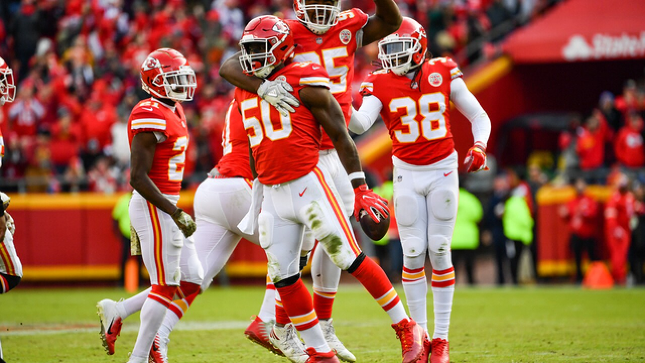 Another Chiefs win, another record for Mahomes