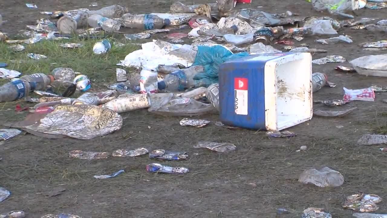Indy 500 SnakePit Trash (3).jpg