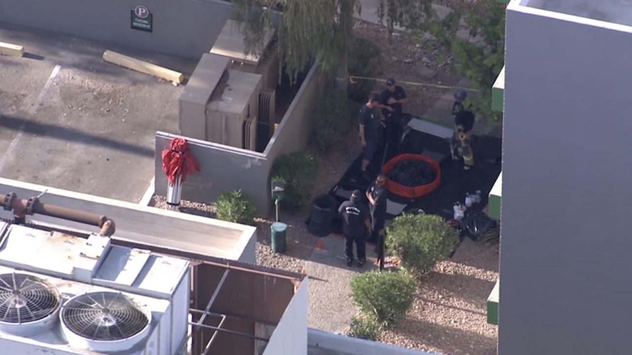 Officers sprayed with unknown substance near 40th Street and Camelback