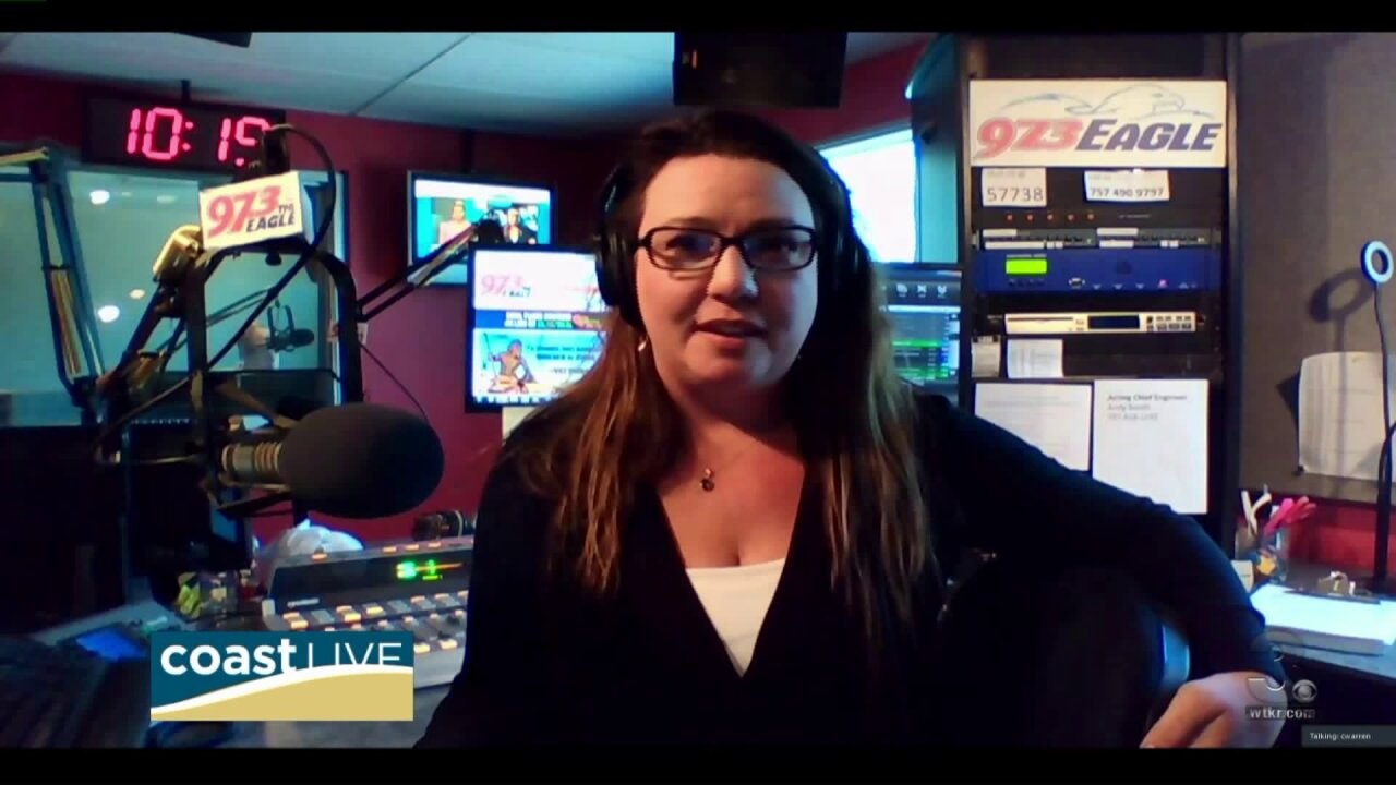 Country music news with Carly from 97.3 The Eagle on CoastLive