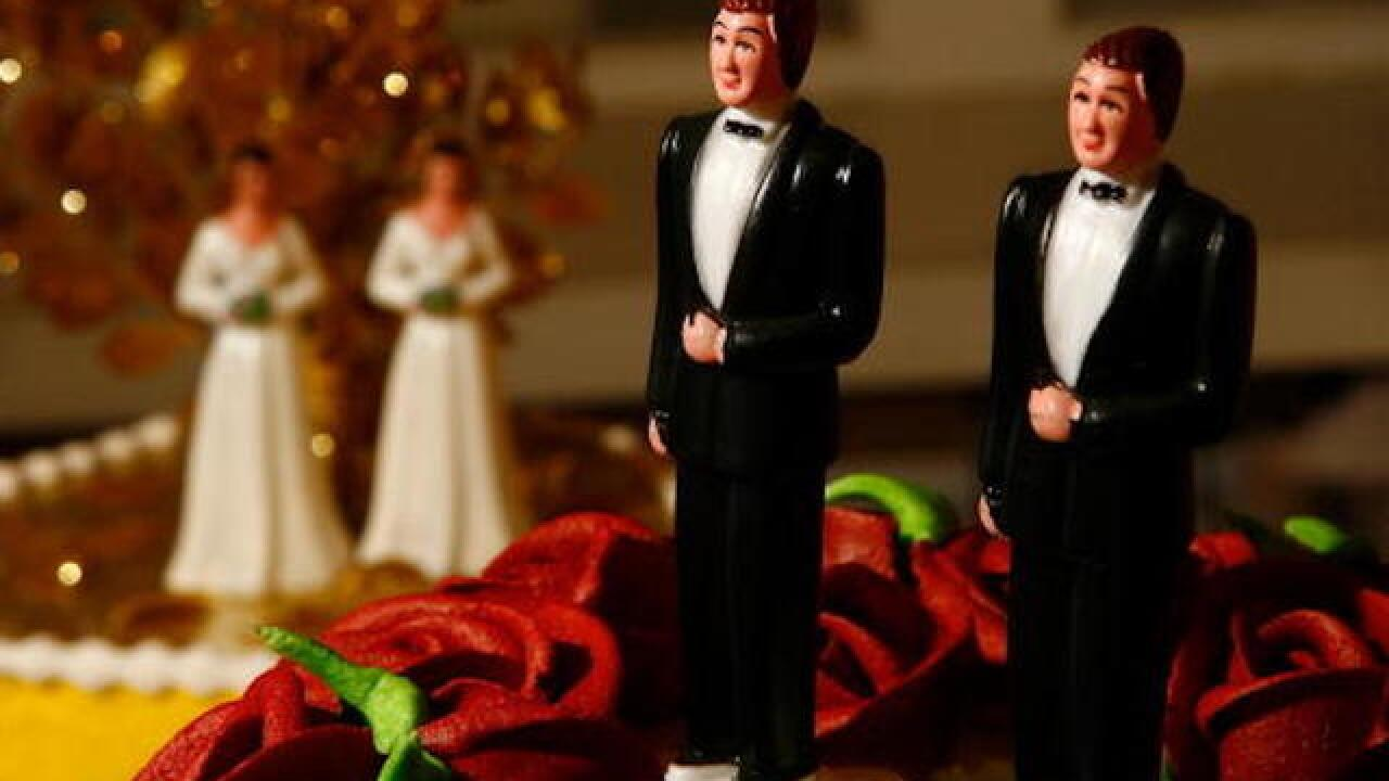 Supreme Court hears case about same-sex wedding cake